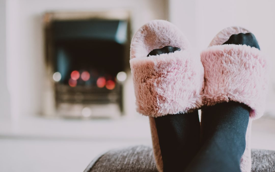 4 Tips for Planning a Cozy Night In