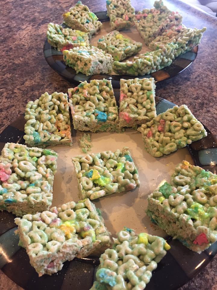 green rice crispy treats