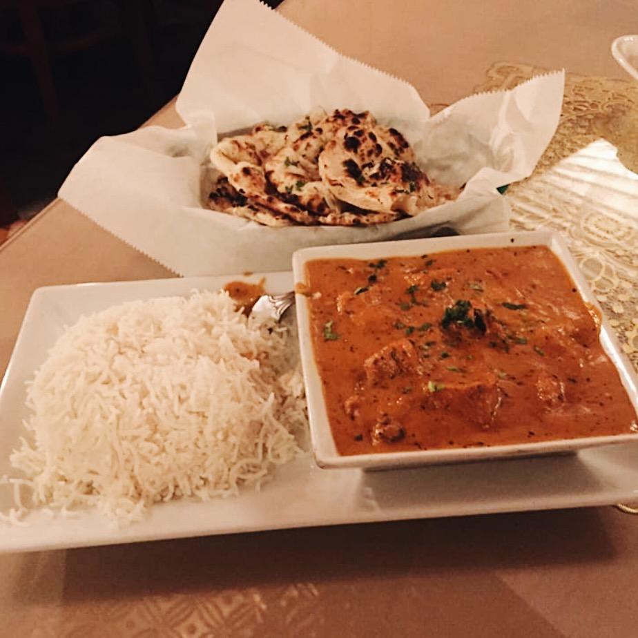garlic naan and chicken tikka masala